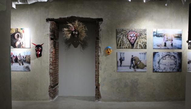 リヴィウ市にて新年マランカ祭の写真展開催
