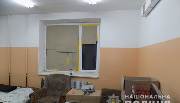В Тернополе провели обыск в квартире, с которой стреляли по детям