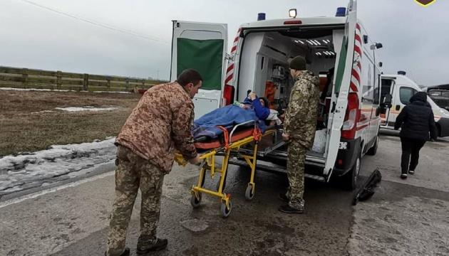 Поранених бійців евакуювали з Харкова до госпіталів Києва та Вінниці