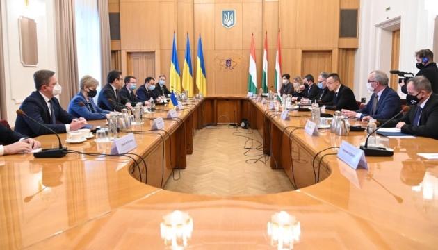 Zelensky-Orban meeting remains on agenda - Kuleba