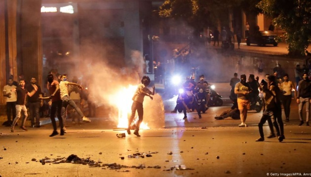 Масові виступи проти локдауну в Лівані: десятки постраждалих