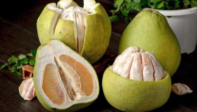 Полезные свойства помело и грейпфрута. Инфографика