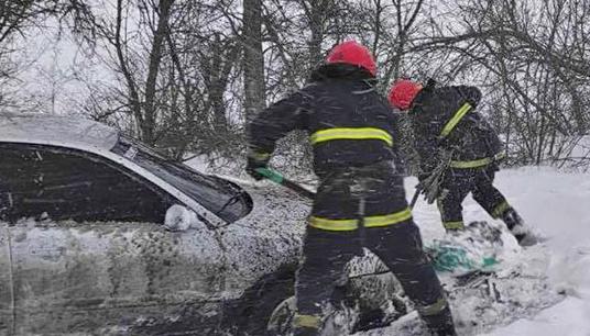 Prohibido el tráfico en la carretera Kyiv – Odesa debido al mal tiempo