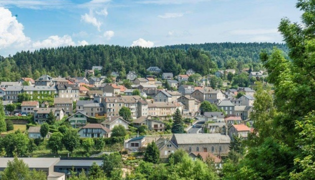 Австриец завещал €2 миллиона французскому селу, где его семью когда-то спрятали от нацистов