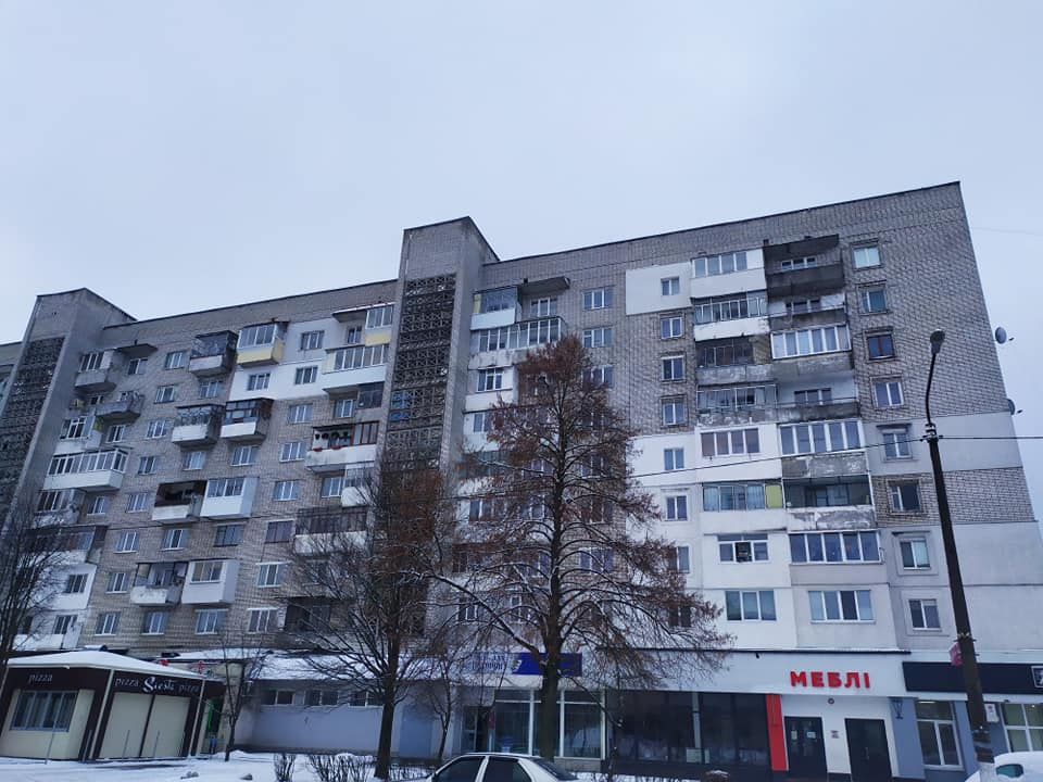 Будинок в якому жила сім'я Кузьменків в Новояворівську