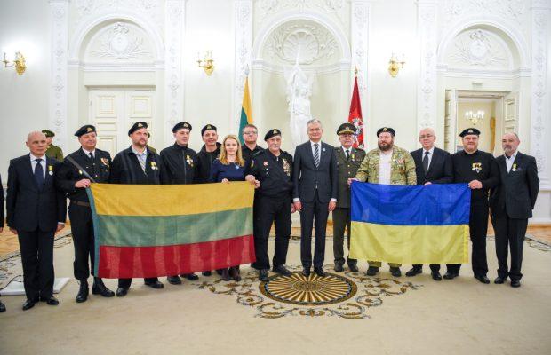 Українці, які були серед оборонців незалежності Литви у 1991 році.