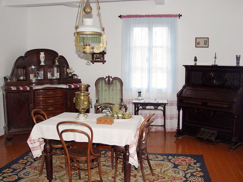 вітальня в будинку Косачів, Колодяжне
