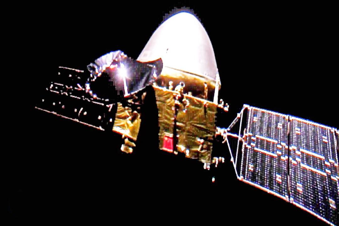 """""""Тяньвень-1"""" в далекому космосі"""