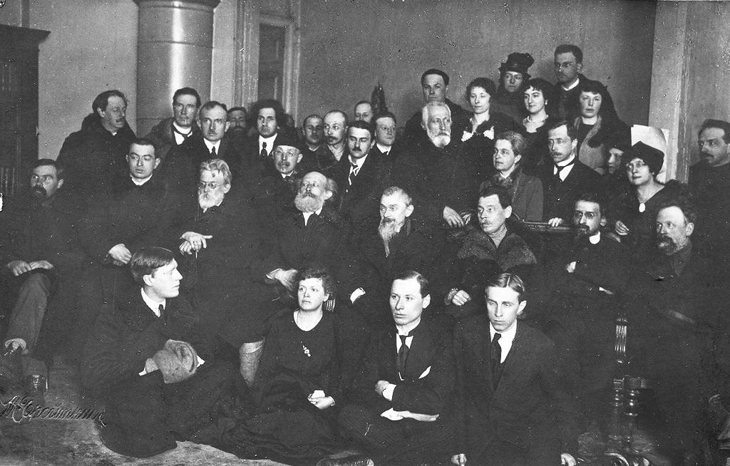 В.І.Вернадський серед співробітників Державного радієвого інституту, 1922 р.