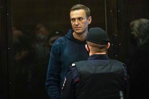 Навальний позивається через цензуру на колонію, у якій сидить