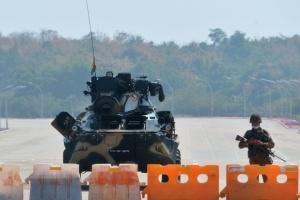 Евросоюз ужесточил санкции против военного режима Мьянмы