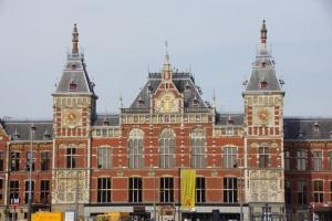 У Нідерландах штрафуватимуть мандрівників без тесту чи підтвердження вакцинації