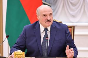 Лукашенко заявив про створення білоруської «живої» COVID-вакцини