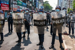 ЕС осудил насилие против демонстрантов в Мьянме