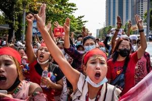 Євросоюз засудив вбивства демонстрантів у М'янмі