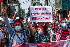 Розстріл демонстрантів у М'янмі: Штати готують нові санкції проти путчистів