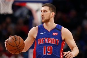 НБА: «Детройт» Михайлюка уступил «Сакраменто»