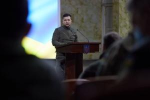 Зеленський прибув на Житомирщину - привітати військових і оглянути озброєння