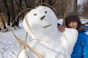 В Україні знову очікують сніг і дощ, але на 8 березня буде тепло