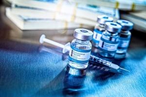 Арахамия призвал США выделить Украине излишние вакцины от COVID-19