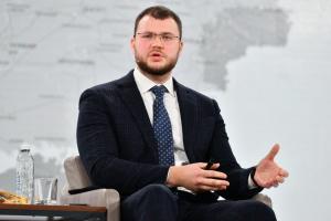 Криклий и Петрашко подали заявления об отставке