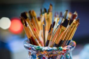 Украина получила в подарок 100 художественных произведений Льва Межберга