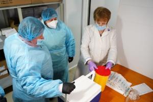 Na Ukrainie w ciągu dnia - ponad 19 000 przypadków koronawirusa, 734 pacjentów zmarło