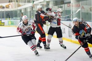 УХЛ: «Кременчуг» обыграл «Донбасс», «Ледяные Волки» победили «Мариуполь»
