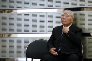 Глава Suzuki йде у відставку після 43 років на посаді