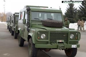 Ukrainische Armee erhält Sanitätsfahrzeuge aus Lettland