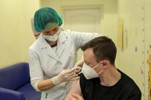 Вакцинація на Харківщині: щеплення зробили 20 медикам