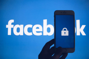 У роботі Facebook та Instagram стався збій