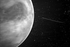 NASA показало нічну Венеру зблизька