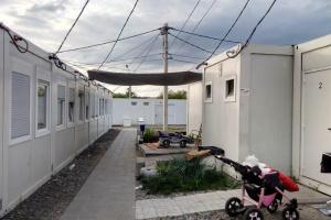 Для переселенців з модульного містечка в Харкові побудують гуртожитки
