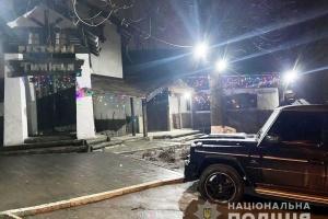 Біля кафе у Дніпрі сталася стрілянина
