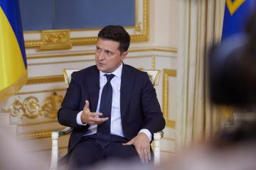 Zelensky asks Biden why Ukraine still not in NATO