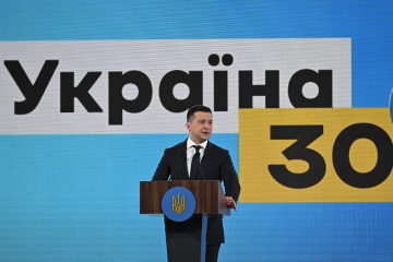 Zelensky ready to show by personal example that vaccination is important and safe