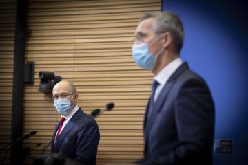 Stoltenberg à Chmygal : « La porte de l'OTAN reste ouverte à l'Ukraine »