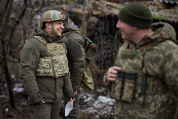 President visits front line in Donbas