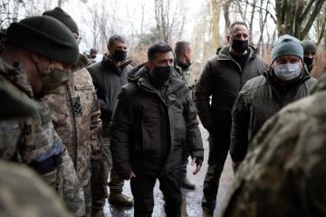 ゼレンシキー大統領、ドンバス情勢激化と協議上のウクライナへの圧力の試みとの関係を指摘