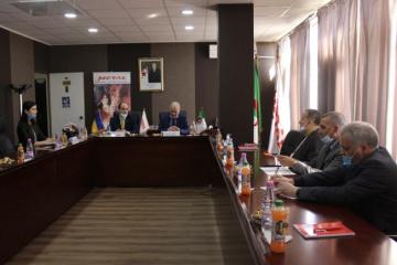 Ucrania y Argelia planean ampliar la cooperación en el sector metalúrgico
