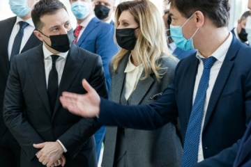 Zelensky visits Ukrainian pavilion at exhibition in Dubai