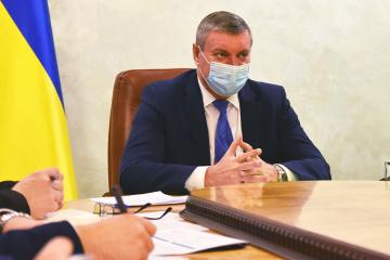 ウルシキー副首相、チェチェン首長と写った写真にコメント