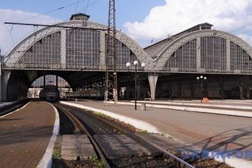 Szwajcarska firma - producent taboru kolejowego, może rozpocząć produkcję w kijowskim zakładzie