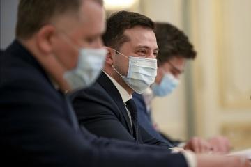 Volodymyr Zelensky demande de l'aide à la Lituanie pour obtenir le vaccin contre la Covid-19