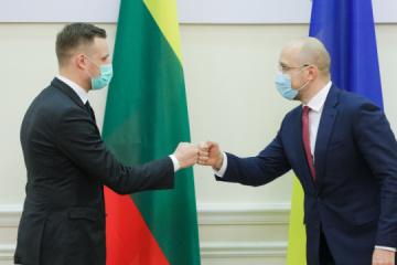 Landsbergis: Lituania proporciona a Ucrania la vacuna contra el coronavirus en el marco de un programa especial de la UE