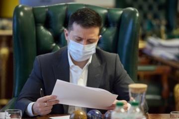 Präsident Selenskyj unterzeichnet Erlass über Maßnahmen zu Deokkupierung der Krim