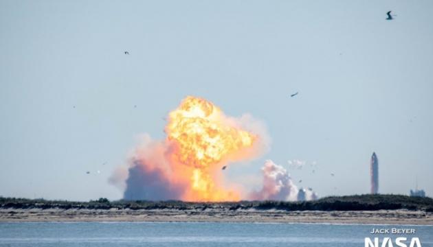 Прототип корабля SpaceX для космічних подорожей розбився при посадці