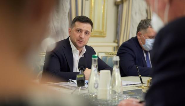 Zelensky: Ninguna amenaza para la libertad de expresión y el negocio de los medios en Ucrania