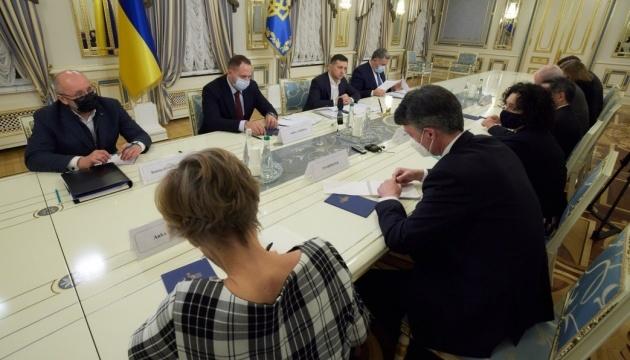 ゼレンシキー大統領、G7大使と会談 TV制裁や裁判改革協議